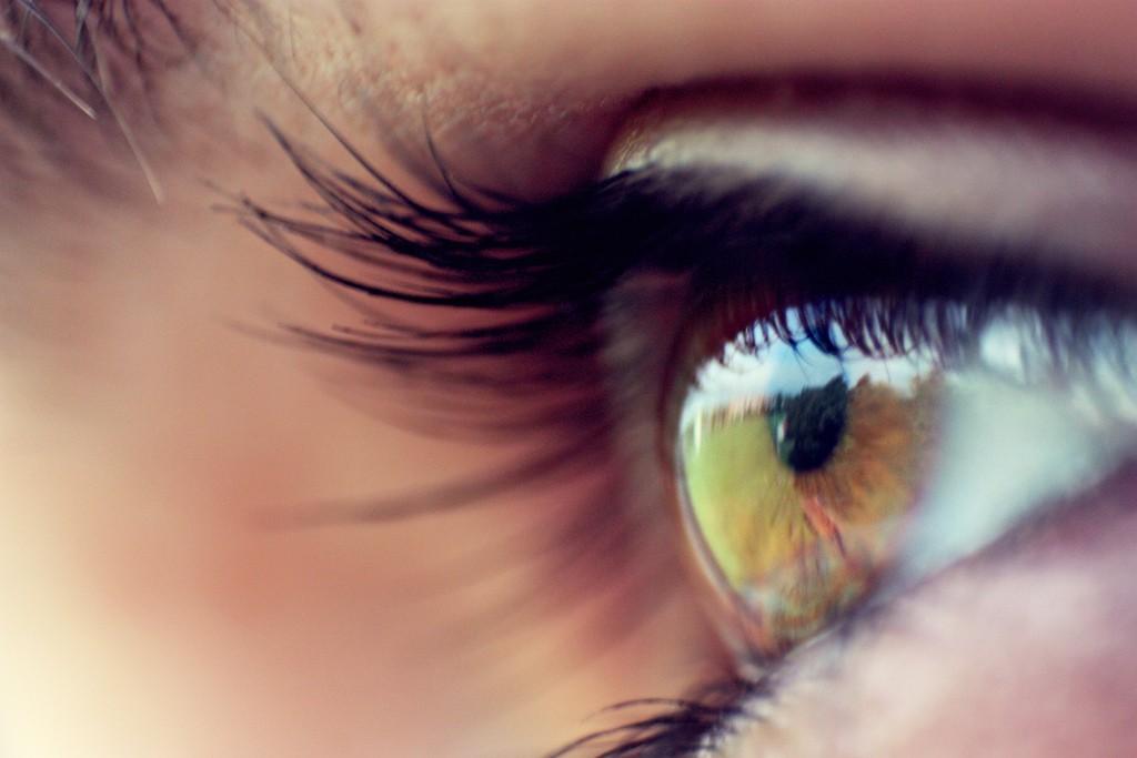 How To Get Bigger Eyelashes Without False Lashes Mythirtyspot