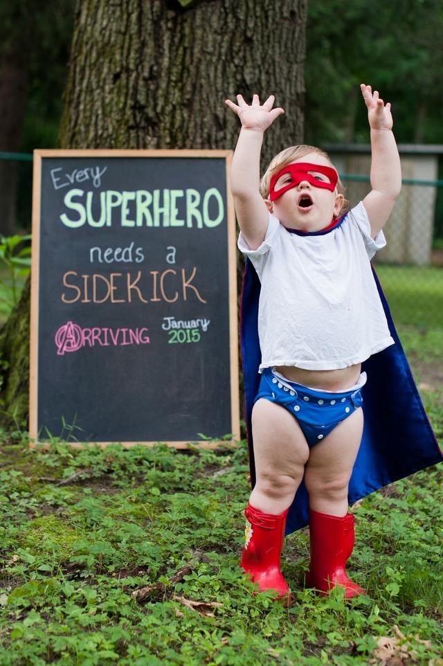 7-super-heroj-bara-pomos