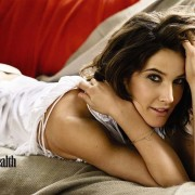 I-had-tumors-both-ovaries-Smulders-told-mag-about
