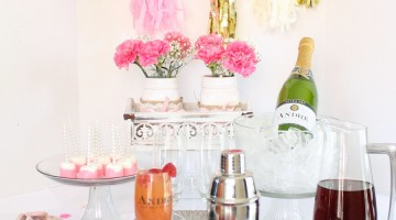 Flirtini Cocktails for Girls' Night with Andre Champagne