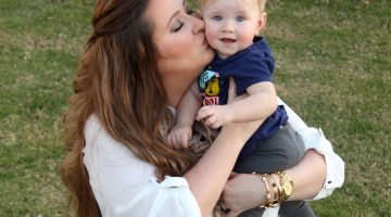 Styling Skinny Jeans on a Post Baby Body
