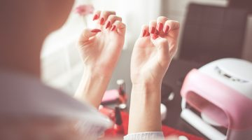 9 Ways To Cure Weak, Brittle Nails & Grow Strong Them Stronger
