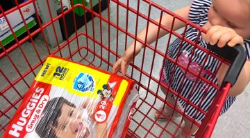 How Huggies & Family Dollar Help #HugtheMess