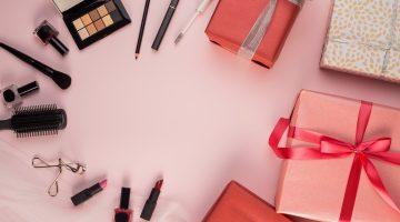 7 Funky Christmas Makeup Ideas